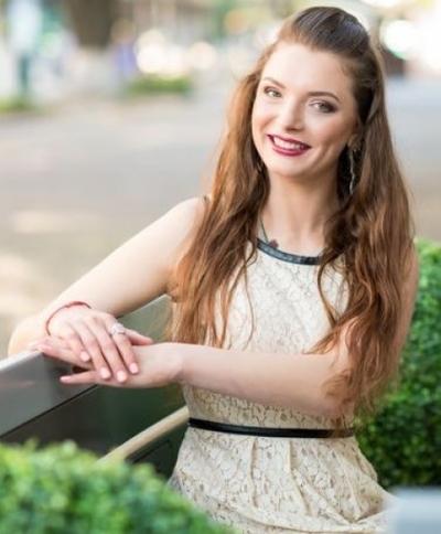 Albina aus Ukraine