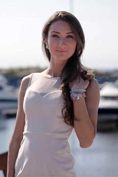 Bella aus Russland
