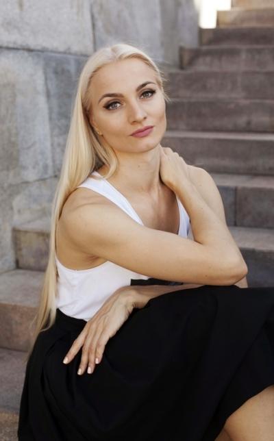 Regina aus Russland