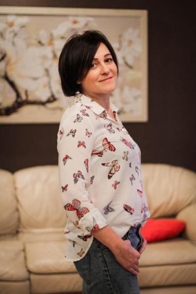 Lesya aus Ukraine