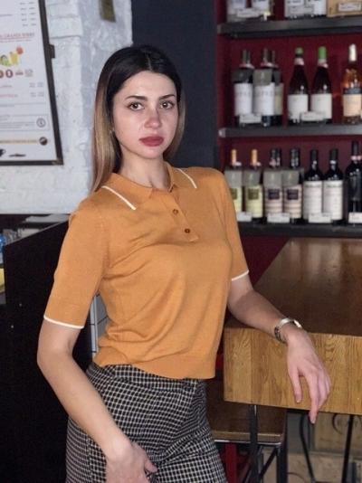 Maria aus Ukraine