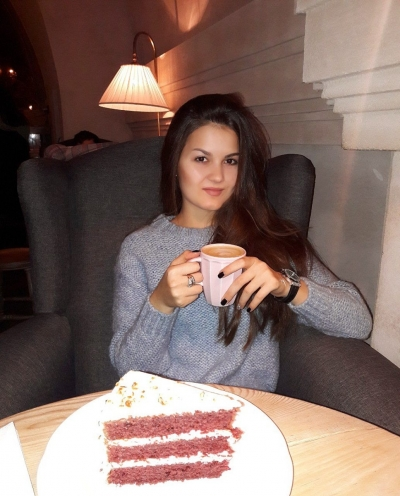 Vladislava aus Ukraine