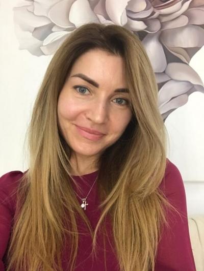 Olesya aus Ukraine