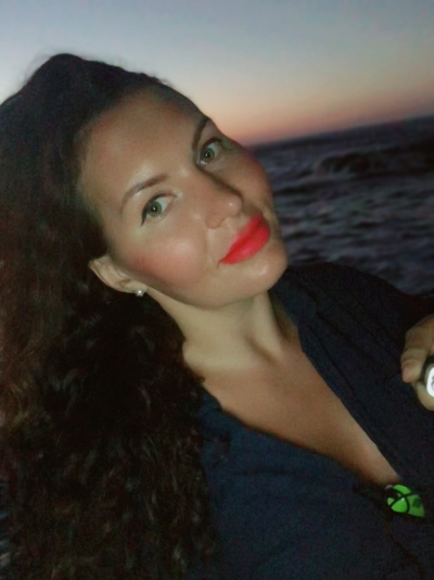 Arina aus Russland