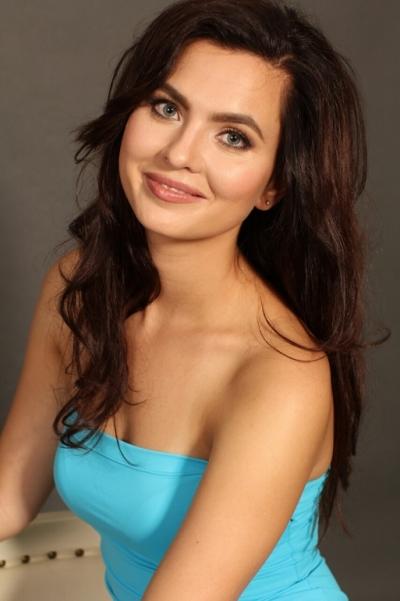 Maryana aus Ukraine