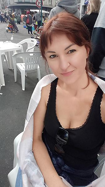 IRINA  aus Belarus-Weissrussland