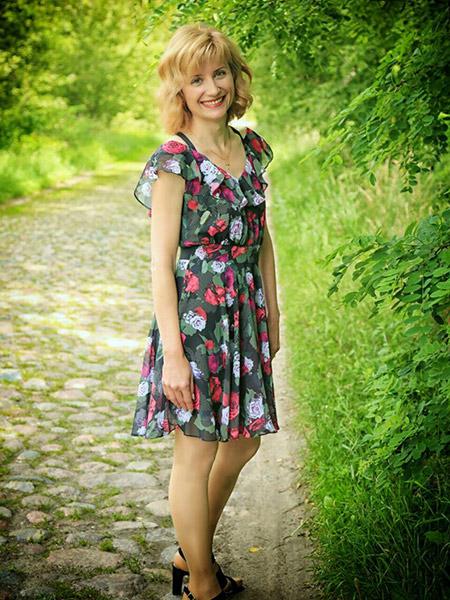 NELLI aus Weißrussland- Belarus