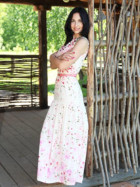 ALENA  aus Belarus-Weissrussland