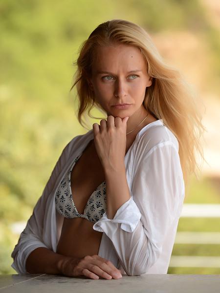 ELENA  aus Belarus-Weissrussland