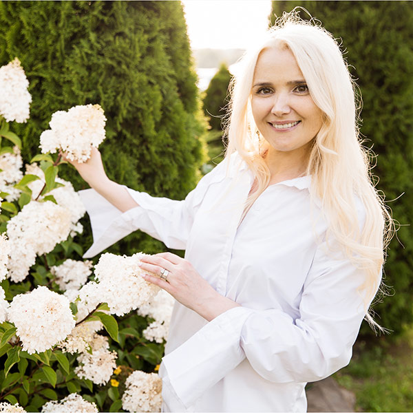 SWETLANA aus Weißrussland- Belarus
